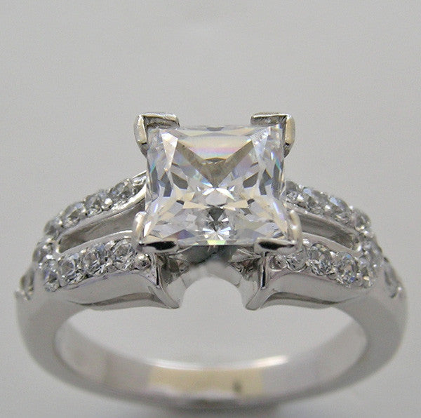 ENGAGEMENT RING SETTING WITH DIAMOND ACCENTS FOR ALL SHAPE CENTER STONES