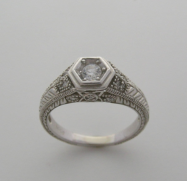 14k White Gold Art Deco Style Diamond Ring