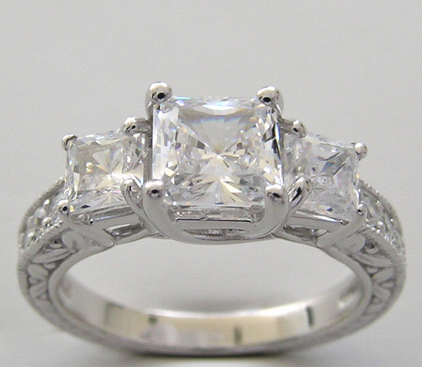 PRINCESS CUT THREE STONE ENGAGEMENT RING SETTING FOR A 5.00 X 5.00 MM
