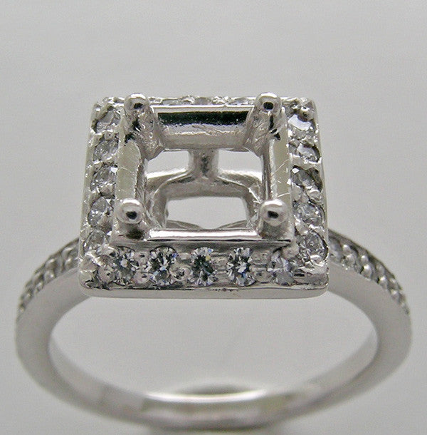 Princess Cut Engagement Ring Setting for a 5.00 mm Princess Cut Diamond