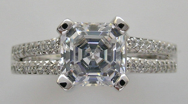 ENGAGEMENT RING SETTING WITH SPLIT DIAMOND SHANK