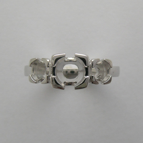 FISHTAIL THREE STONE ENGAGEMENT RING SETTING VINTAGE STYLING