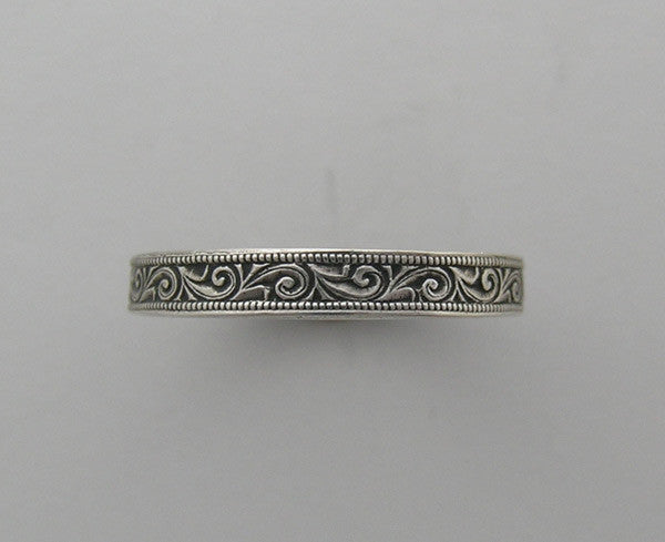 14K GOLD ANTIQUE STYLE WEDDING RING FEMININE FLORAL ENGRAVING