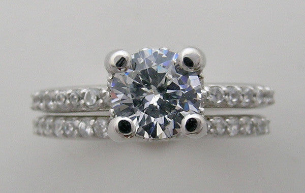 14K Diamond engagement ring settings sets for a round shape diamond