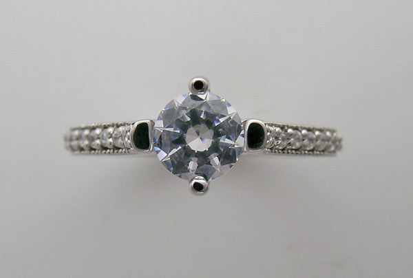 INTERESTING FOUR PRONG DIAMOND DETAILED ENGAGEMENT RING SETTING