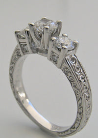 SPECIAL THREE STONE DIAMOND RING SETTING