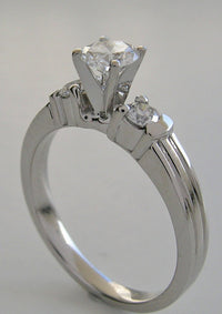 PRETTY FEMININE THREE STONE DIAMOND  ENGAGEMENT RING SETTING