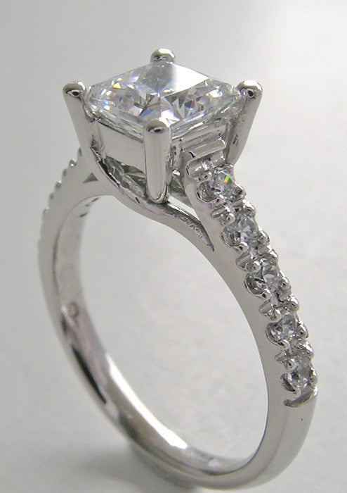 ELEGANT PRINCESS SHAPE  DIAMOND ENGAGEMENT RING SETTING