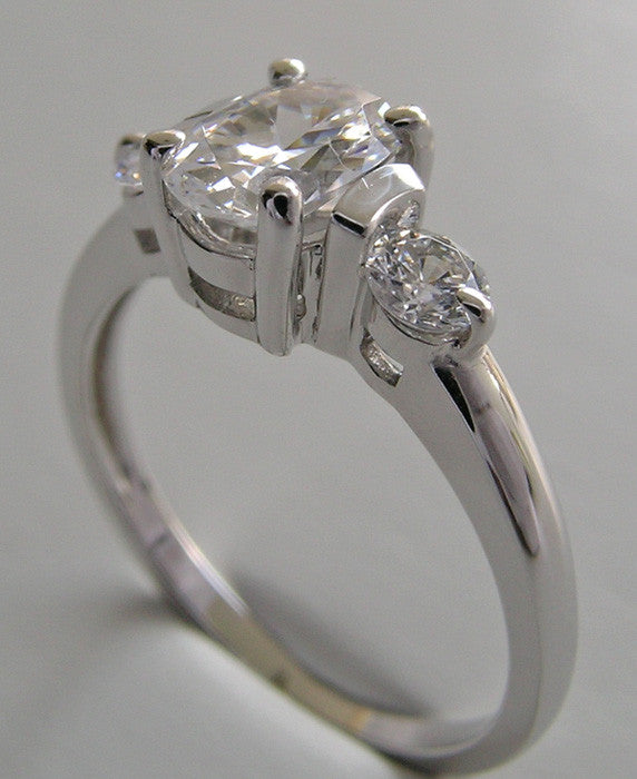 OVAL SHAPE  DIAMOND RING SETTING
