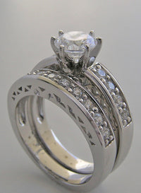 LAVISH DIAMOND WEDDING RING SETTING SET