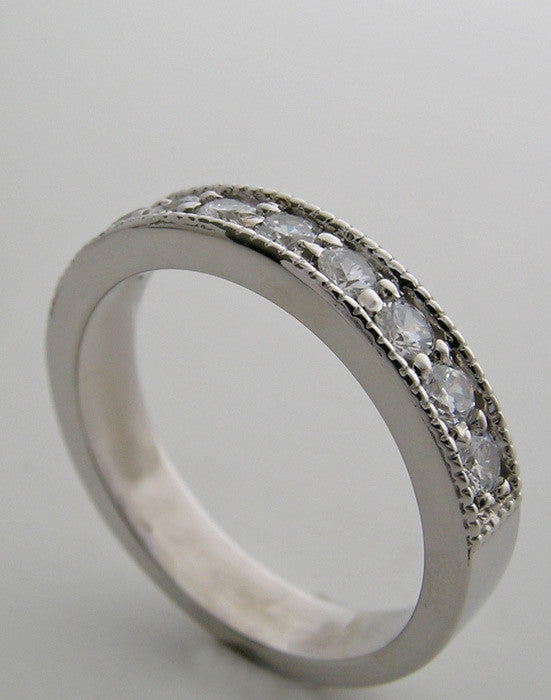 14K Round Diamond Wedding Band