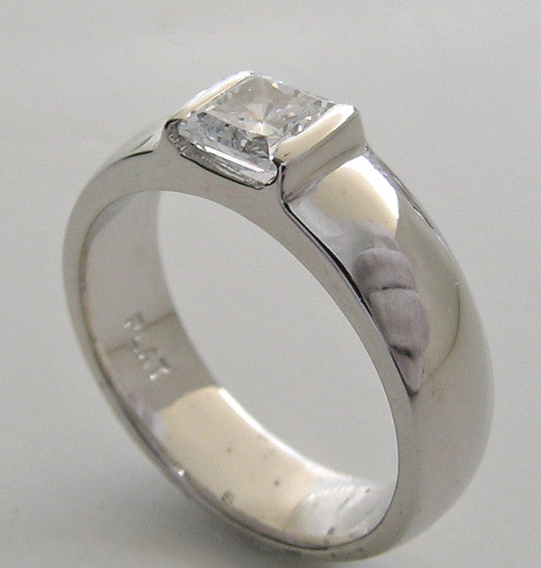 TAILORED PRINCESS OR SQUARE SHAPE ENGAGEMENT RING SETTING