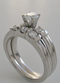 TRENDY ENGAGEMENT RING AND WEDDING BAND SET