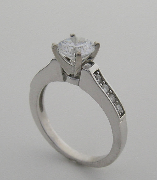 ENGAGEMENT RING SETTING TIMELESS ATTRACTIVE ELEGANT DIAMOND ACCENTS