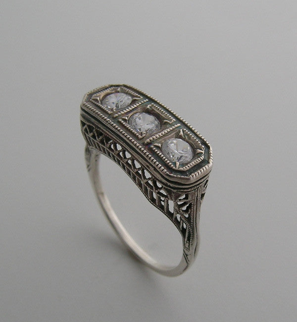 DIFFERENT THREE STONE FILIGREE ART DECO STYLE RING SETTING