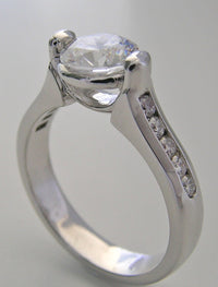 ELEGANT MODERN DESIGN ENGAGEMENT RING SETTING WITH DIAMONDS