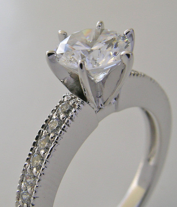 SIMPLISTIC AND ELEGANT DIAMOND ENGAGEMENT RING SETTING