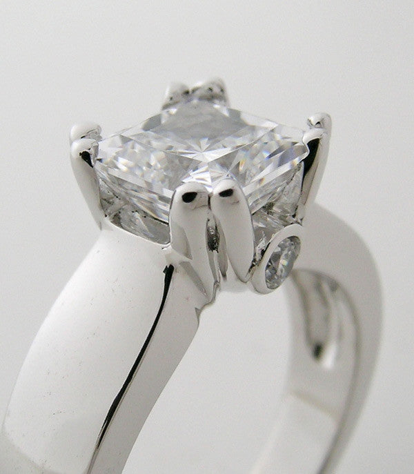 ENGAGEMENT RING SETTING WIDE HEFTY WITH ACCENT DIAMONDS