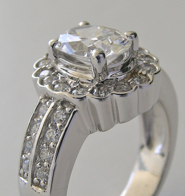 UNUSUAL DIAMOND SCALLOPED HALO DESIGN OVAL SHAPE ENGAGEMENT RING SETTING
