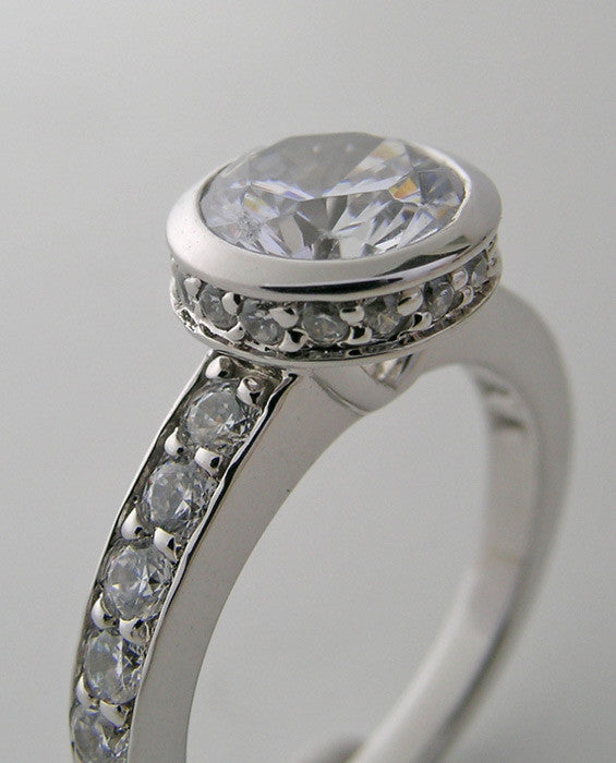 Gold Contemporary Bezel Ring Setting With Diamond Halo