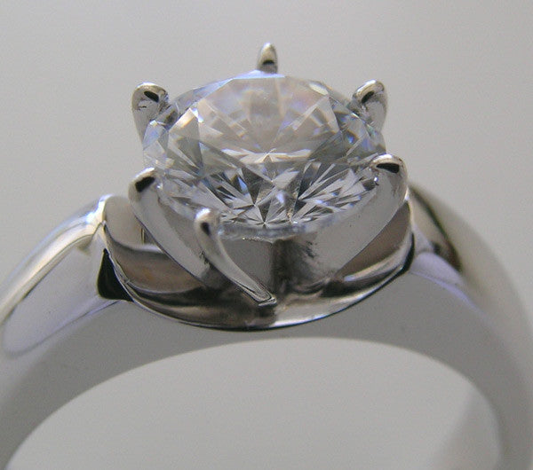 INTERESTING CLASSICAL RING SETTING OR REMOUNT FOR ALL SHOES AND SIZES