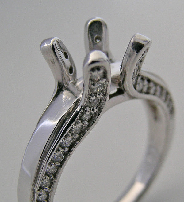 UNIQUE DIAMOND ACCENTED ENGAGEMENT RING SETTING