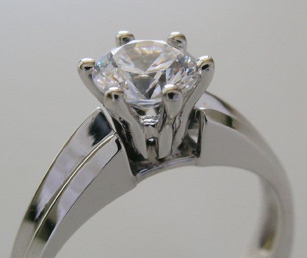 WHITE GOLD TRADITIONAL ENGAGEMENT RING SETTING OR RIGHT HAND RING