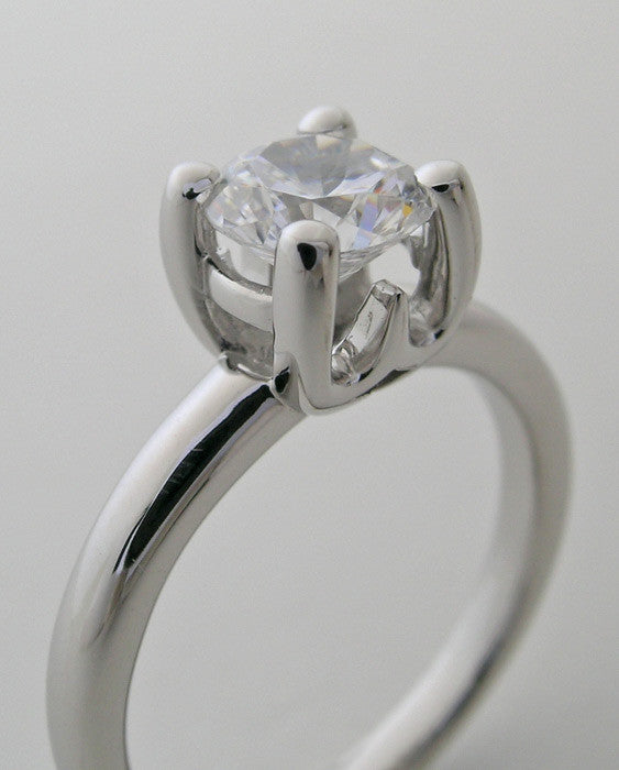 PLAIN CLASSICAL ENGAGEMENT RING SETTING TRADITIONAL SOLITAIRE DESIGN