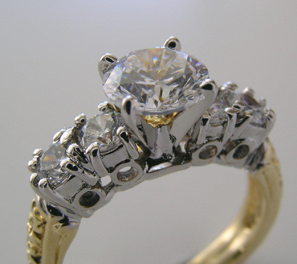 INTERSETING TWO TONE  RING SETTING