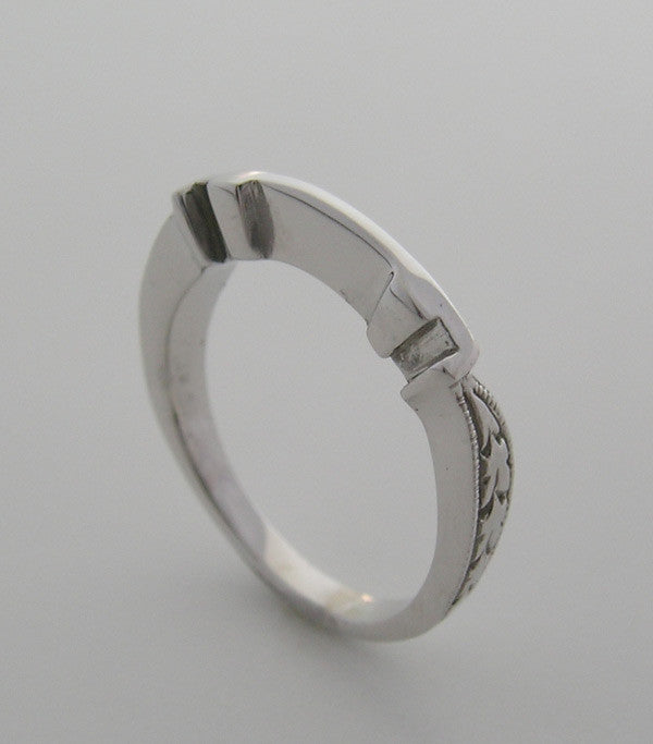 ENGRAVED MATCHING BAND FOR PRINCESS CUT RING SETTING