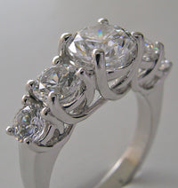 SPECIAL FIVE STONE ENGAGEMENT RING SETTING