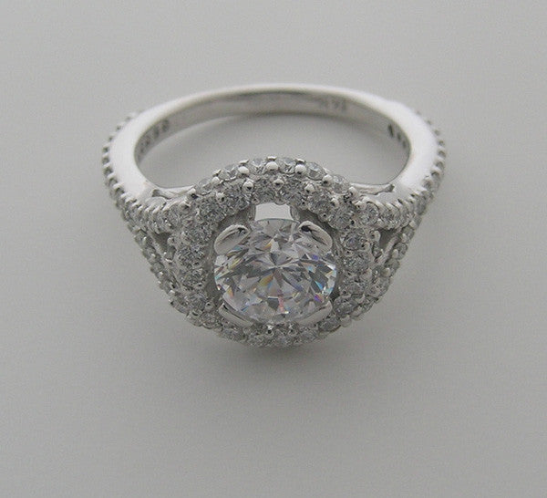 UNIQUE DIAMOND RING SETTING FLUSH DIAMOND HALO