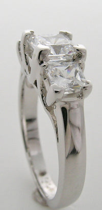 FEMININE THREE STONE PRINCESS CUT ENGAGEMENT RING SETTING