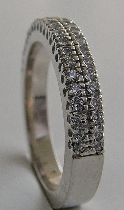 ELEGANT DOUBLE ROW FISHTAIL DIAMOND WEDDING BAND RING