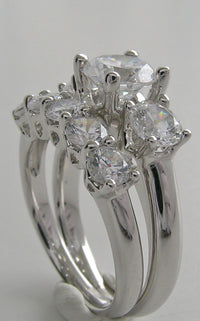 SPECTACULAR THREE STONE ENGAGEMENT RING WEDDING SET