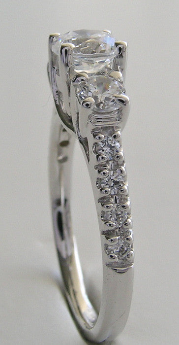 DIFFERENT LOOKING THREE STONE DIAMOND ANNIVERARY RING SETTING