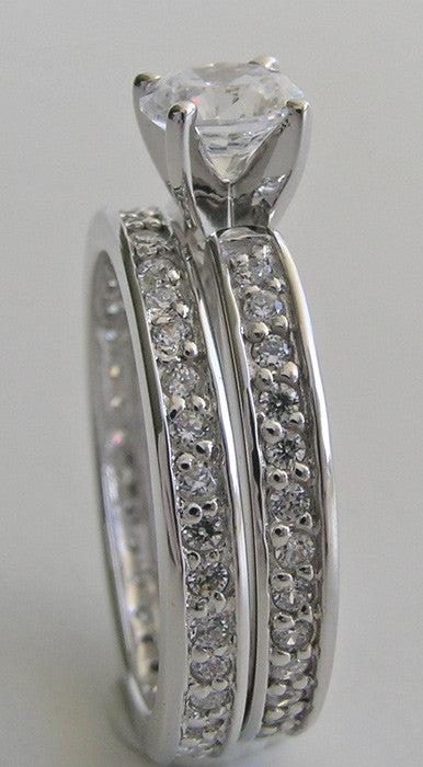 STUNNING DIAMOND ETERNITY ENGAGEMENT RING AND MATCHING ETERNITY WEDDING BAND RING