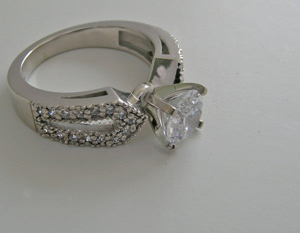 UNIQUE SPLIT SHANK ENGAGEMENT RING SETTING
