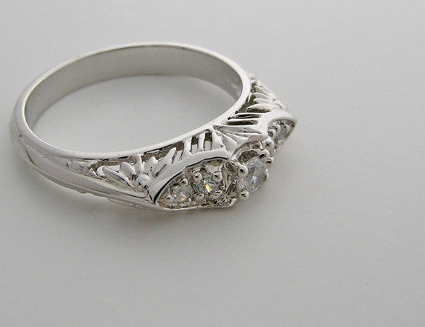 THREE STONE ART DECO ANTIQUE STYLE DIAMOND WEDDING RING OR PRE ENGAGEMENT RING