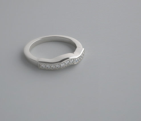 EXCEPTIONAL  PAVE DIAMOND WEDDING BAND RING