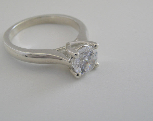 BASIC SOLITAIRE ENGAGEMENT RING SETTING
