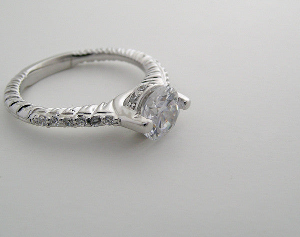 FEMININE ENGAGEMENT RING SETTING WITH DIAMOND SHANK