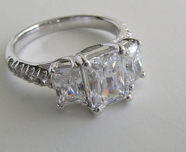 UNIQUE EMERALD CUT THREE STONE ENGAGEMENT RING SETTING