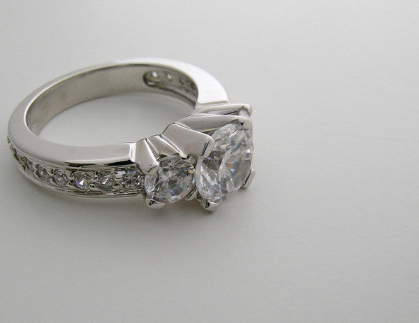 RING SETTING FOR ENGAGEMENT RINGS THREE STONE DESIGN