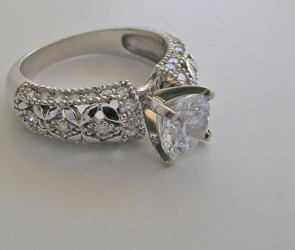 INTRICATE FEMININE DESIGN ENGAGEMENT RING SETTING WITH DIAMOND ACCENTS