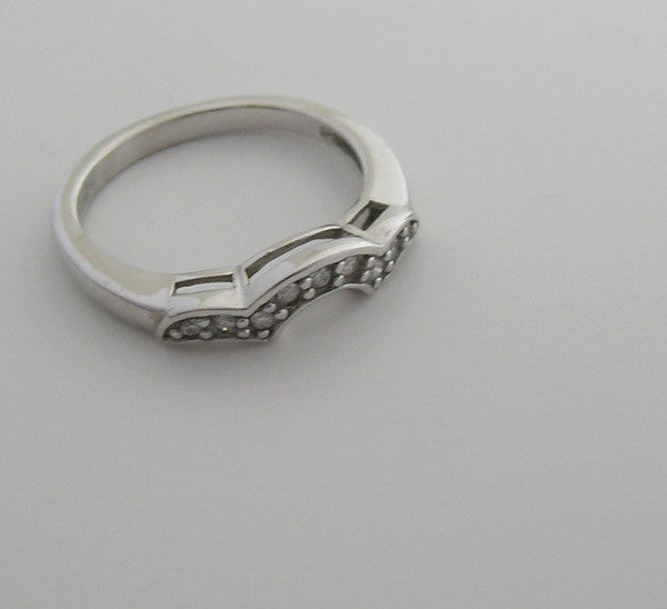 DIAMOND WEDDING BAND RING