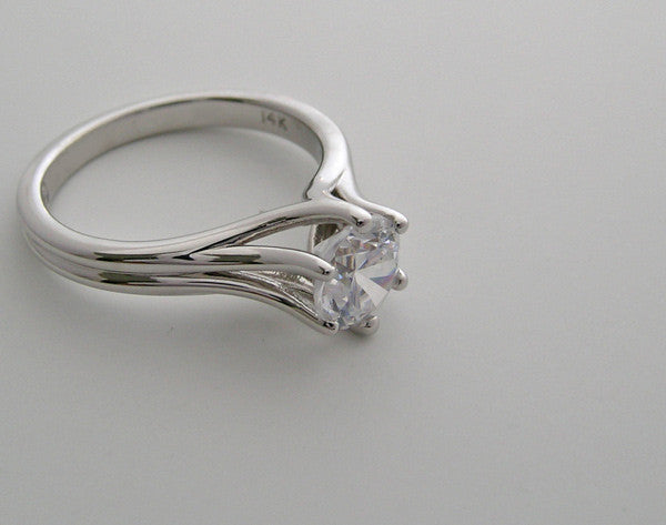 TIMELESS SOLITAIRE SIX PRONG ENGAGEMENT RING SETTING