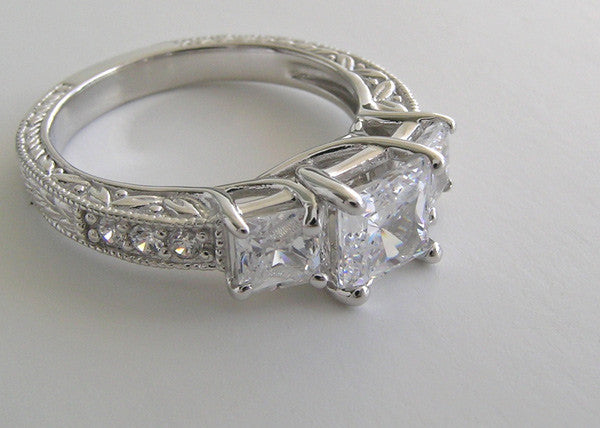 PRINCESS CUT THREE STONE ENGAGEMENT RING SETTING
