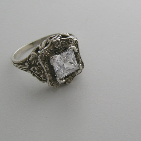 14K White Gold Floral Vintage Style Ring Setting