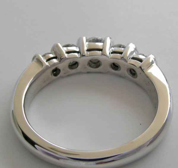 CONTEMORARY BAR SET FIVE STONE DIAMOND WEDDING RING BAND